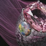 Cartier Creates a New Spectacular Coloratura Collection
