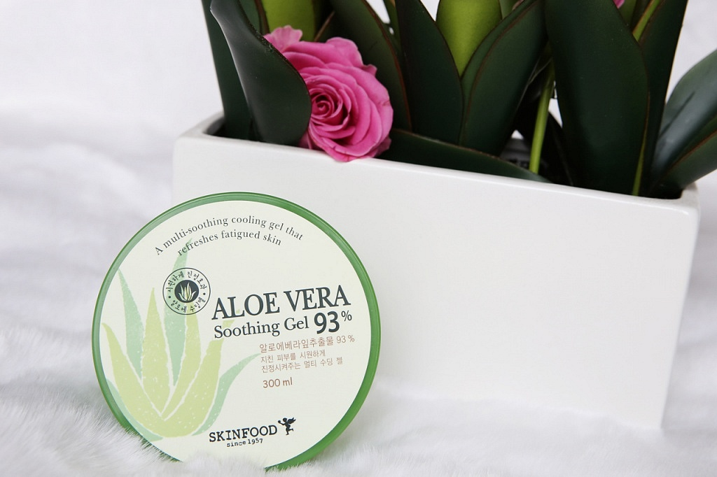 skinfood aloe vera soothing gel