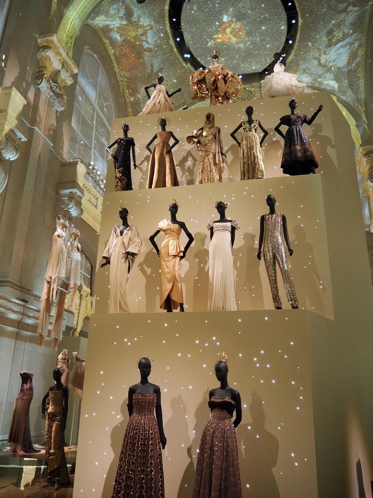 dior exhibition 03